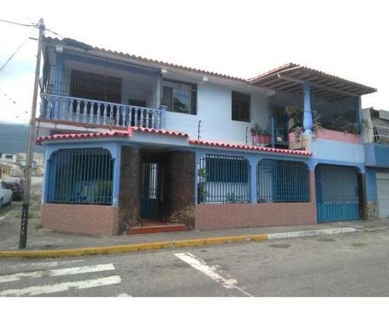Casa En Venta Yaritagua Av. 2 Esquina Calle 8