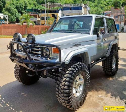 Imagen 1 de 12 de Toyota Macho Lx 4x4