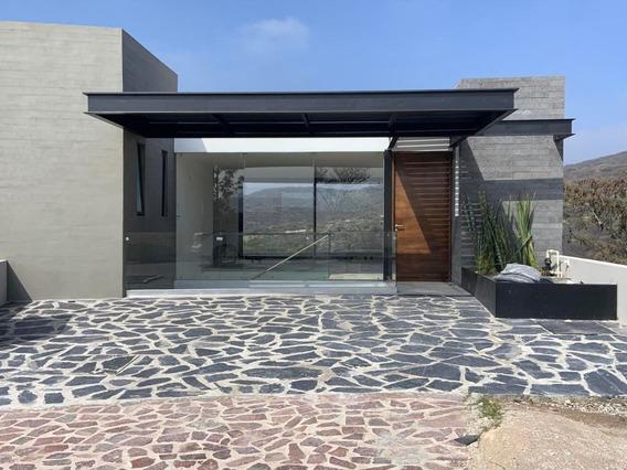 Casa En Venta En Altozano, Queretaro, Rah-mx-20-1147