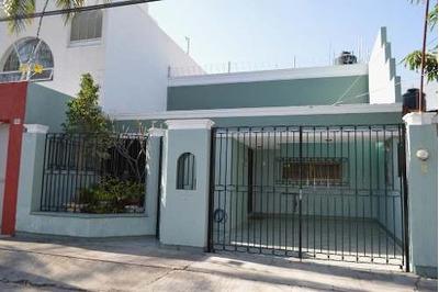 Casa Con 3 Habitaciones En Planta Baja En Jardines Alcalde