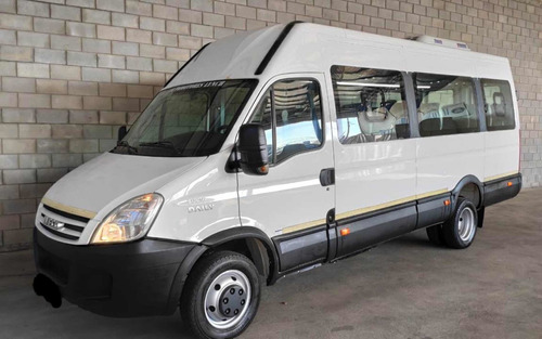 Iveco Daily 3.0 City Bus 50c16 155cv 3950 19+1 2016 Financio