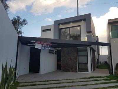 Residencia En Venta En Puertas Del Tule
