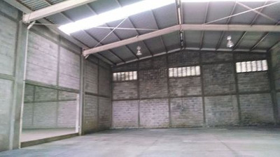Renta De Amplia Bodega Industrial, Pedro Ignacio Mata, Veracruz