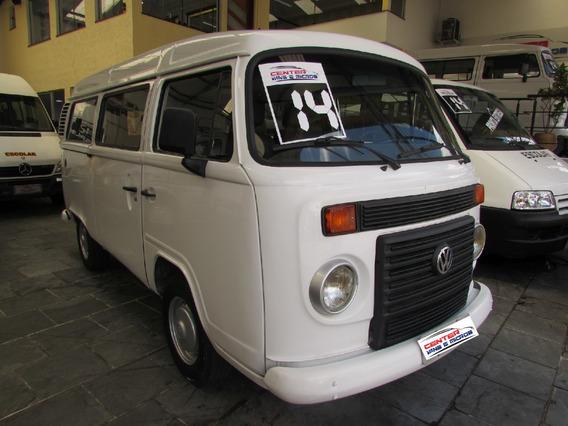 Volkswagen Kombi Branca 2014