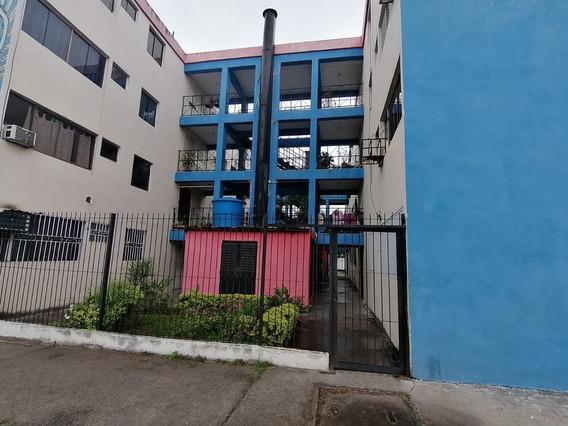 Héctor Malavé Vende Apartamento En Yaritagua Cod:20-105