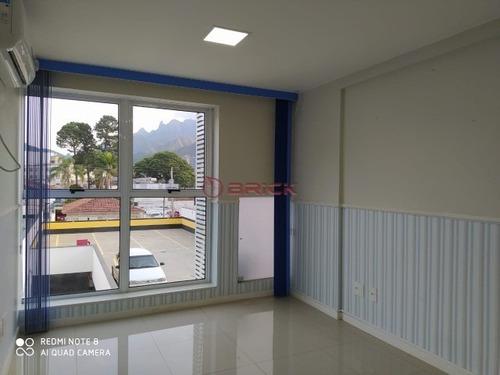 Imagem 1 de 6 de Ótima Sala Comercial Muito Bem Localizada No Centro De Teresópolis. - Sa00105 - 67863659