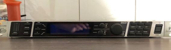 Equalizador Digital Behringer Ultracurve Pro Deq 2496