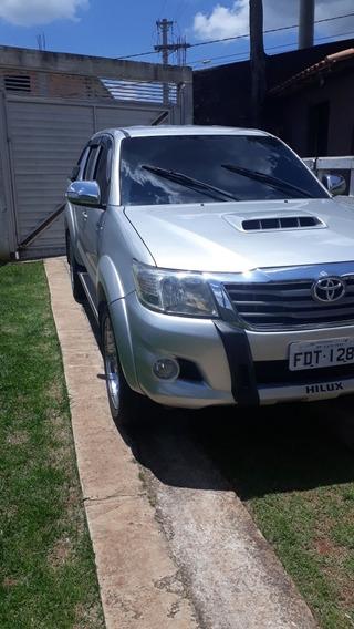 Toyota Hilux 3.0 Srv Top Cab. Dupla 4x4 Aut. 4p 171 Hp 2012