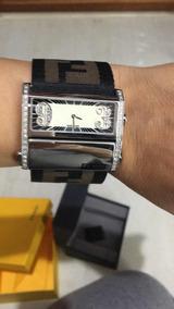 Relógio Fendi Logo Com Brilhantes