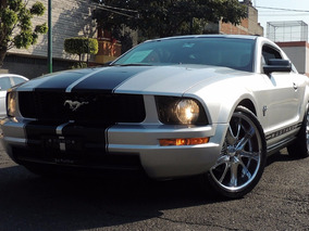 Ford Mustang Silver, Imponente