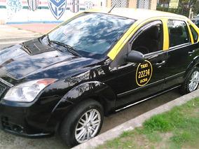 Taxi Ford Fiesta Max 2009 Con Licencia. Listo Para Trabajar.
