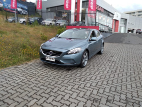 Volvo V40 T4 Plus Mt