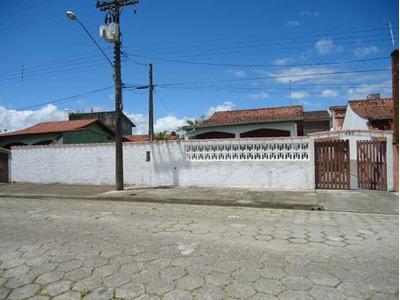 Linda Casa Com 500 M² De Terreno, Próximo Praia.