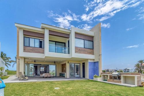 Imagen 1 de 14 de Hermosa Casa Con Vista Increíble