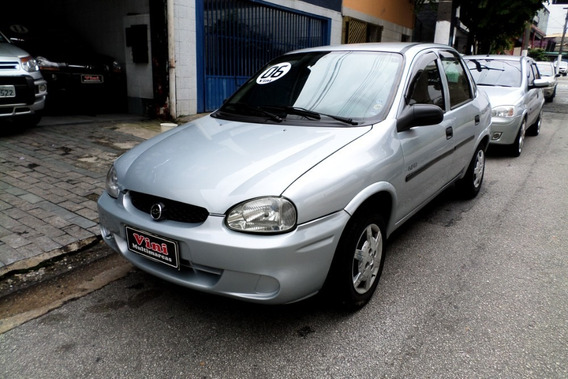 Chevrolet Corsa Sedan 1.0 8v Flex 2005/2006