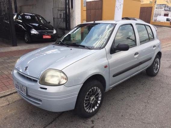 Clio Rn 1.6 Direção Hidráulica + Ar Condicionado 4 P 2001