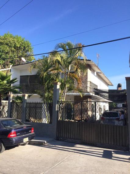 Casa Sola En Venta En Huitzuco Gro.