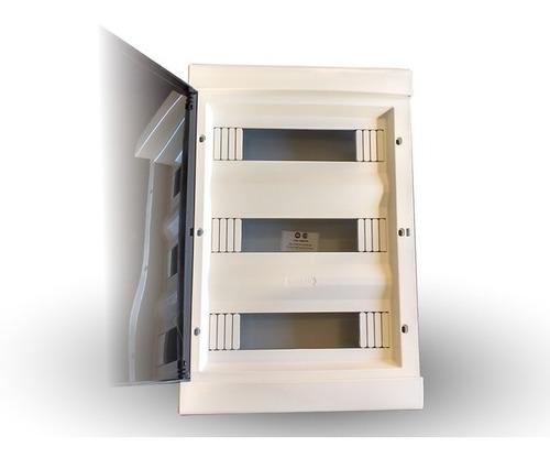 Imagen 1 de 6 de Caja Para Térmicas 36 Bocas Embutir De Pvc Genrod - Tofema