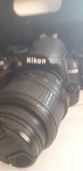Nikon D3000 Com Objetiva 18/55, Usada
