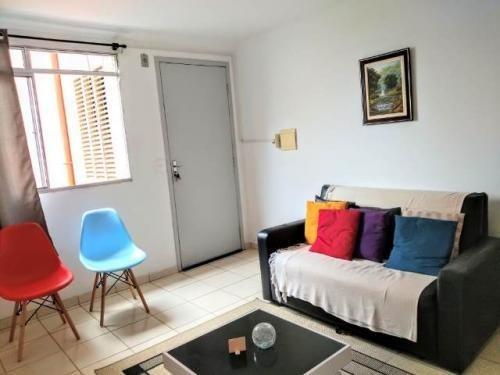Apartamento No Sabauna Em Itanhaém Lado Praia À 1500m Do Mar