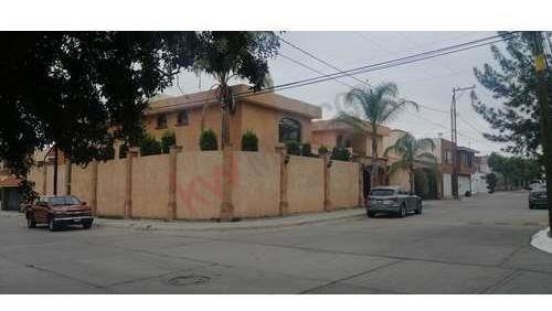 Casa En Venta Lomas 4ta Seccion