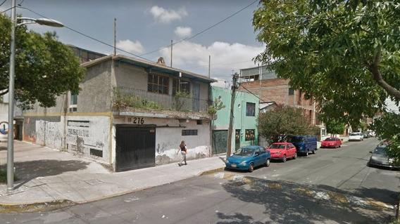 Casa En Venta En Delegación Venustiano Carranza.