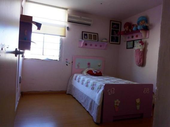 Lindo Apartamento En Venta Las Delicias Maracay Mm 19-5933