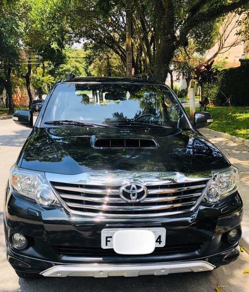 Toyota Sw4 2014 3.0 Srv 7l 4x4 Aut. 5p