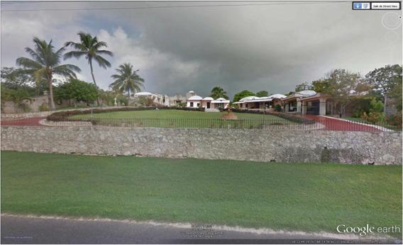 Residencia Estilo Colonial Mexicano, Ubicada En Calderitas,r
