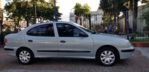 Renault Megane Tric Authentique 1.6 2006