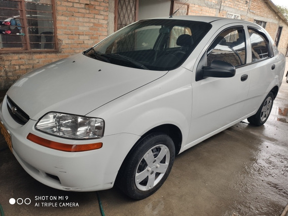 Chevrolet Aveo Aveo Family 1.5 2012