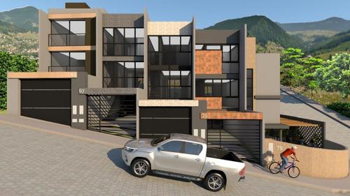 Sobrado Bem Localizado Com 03 Dormitórios Sendo 01 Suite E Demais Dependências. - 35711243v