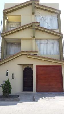 Casa De 3.pisos Mas Azotea En Ica