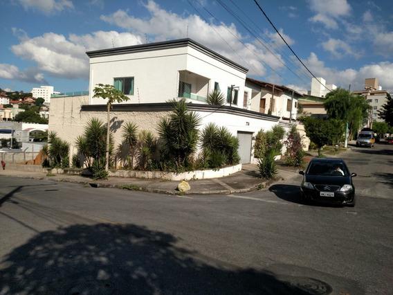 Excelente Casa No Bairro Castelo De 300 M² - 5677