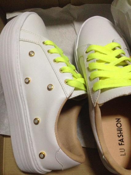 Tênis Branco Pedrarias Fashion 34 Forma Pequena Calça 33