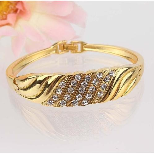 Bracelete Banhado A Ouro Cravejado Em Strass