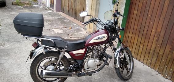 Suzuki - Intruder 125 Vermelha