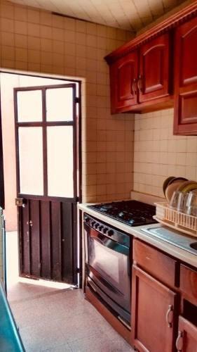 Proyecto Para Inversionistas Casa Bien Ubicada Col. Pro-hogar
