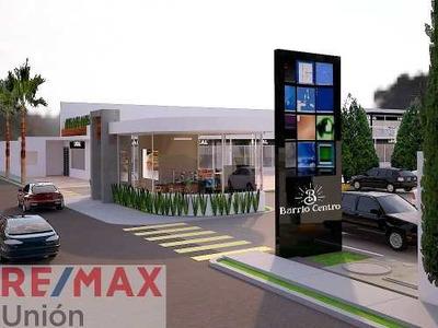Plaza Con Locales Comerciales En Renta Zona Centro