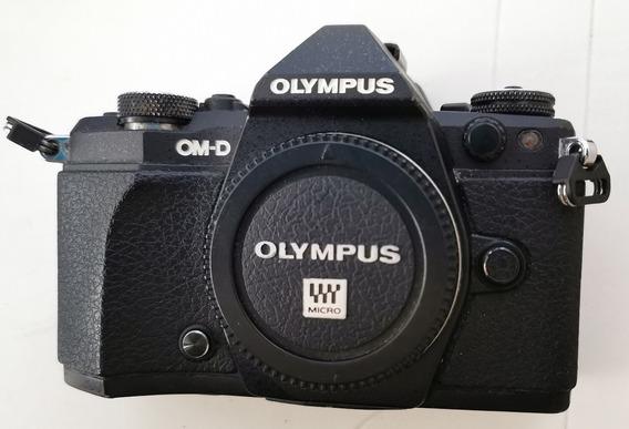 Câmera Olympus O-md E-m5 Mkii , Só Corpo Bem Conservada