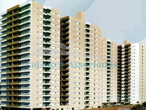 Apartamento No Boqueirão, 03 Dormitórios Sendo 03 Suítes, Varanda Gourmet, 02 Vagas De Garagem. - Ap02099 - 68497554