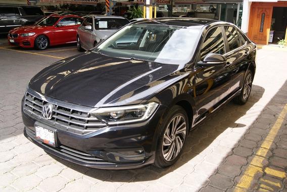 Volkswagen Jetta Highline 2019.aut,clima,r 17 .mot 1.4 Lts