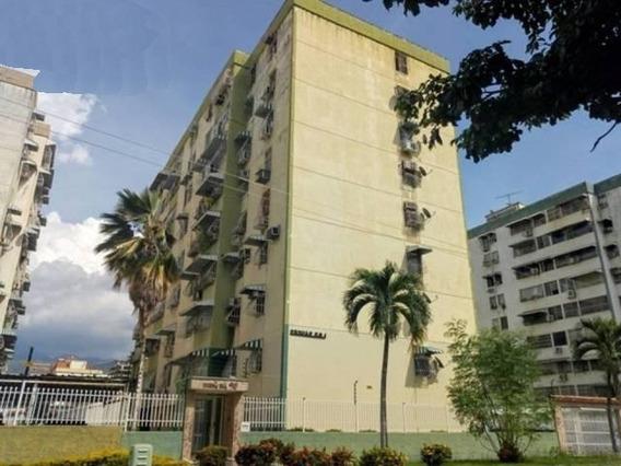 Apartamento En Venta Base Aragua Res Los Sauces Cod. 19-5933