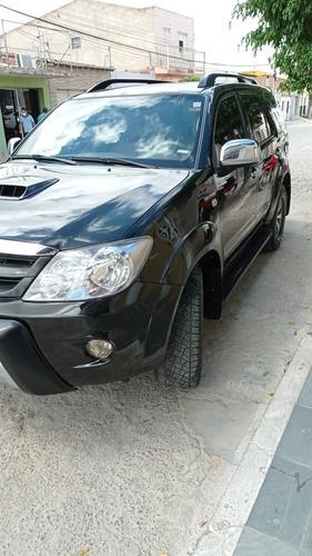 Imagem 1 de 9 de Toyota Sw4 2007 3.0 Srv 7l 4x4 Aut. 5p