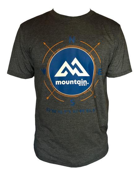 Camiseta Mountain Wear Cinza Mesclado / Cm01