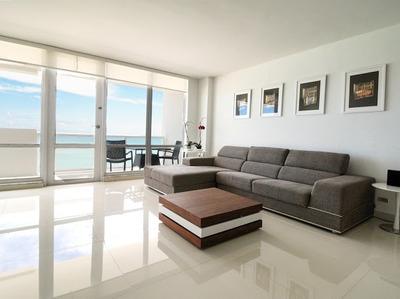Ocean Front Deluxe Apart- 2 Dormitorios /2 Baños - 4 Pers