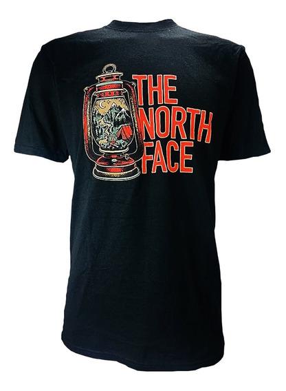 Playera The North Face M S/s Essentials Tee Black /quinque