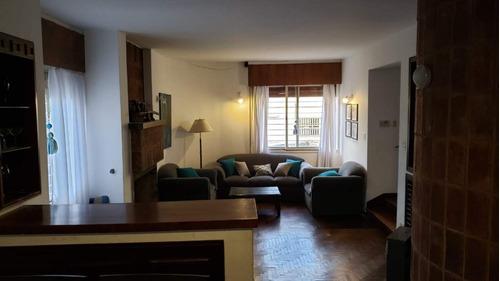 Casa En Venta De 3 Dormitorios En Barrio Paso De Los Andes.