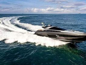 Crucero Yate Riva Super Domino 88 Ferretti Group Argentina