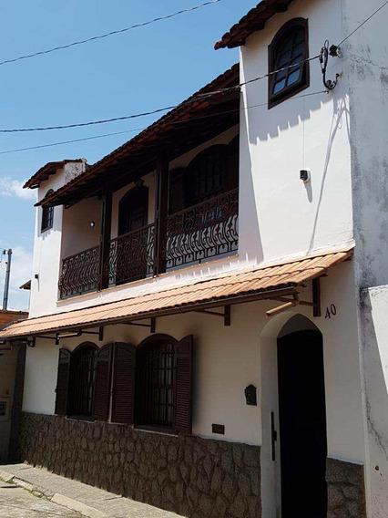 Casa Alto Padrão No Centro/guarda-mor, São João Del Rei Cód 227 - V227